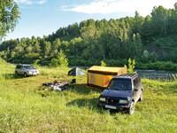 Лагерь, большой переносной дом